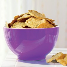 Cream & onion soy crisps